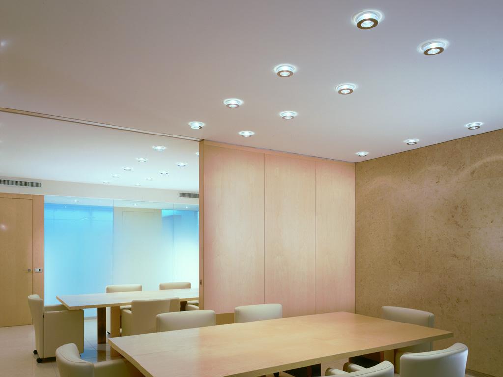 L 39 illuminazione negli interni arredativo design magazine for Faretti a incasso