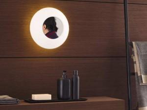 Illuminazione localizzata utilizzata in bagno con faretti ad incasso.