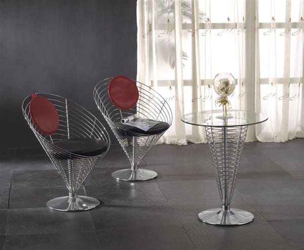 Wire Cone Chair e Wire Cone Table.