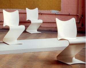 Prototipi della S Chair. Uno dei primi esempi di sedia stampata a cui farà seguito la Pantom Chair.