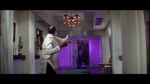 La Flowerpot lamp disegnata da Verner Panton presente in alcune scene di 007  Diamonds Are Forever (1971).