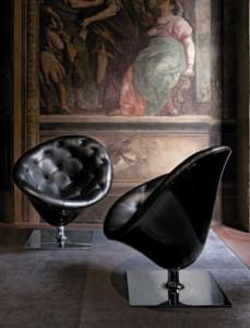 Moor(e) è una seduta importante che impreziosisce lo spazio. (Driade)