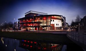 L'esterno del Teatro Deventer