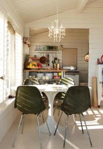 Cucina piccola soluzione in bianco arredativo design for Piccola casa efficiente