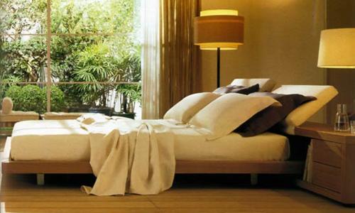 Camera da letto effetti con luce d 39 ambiente arredativo - Luce camera da letto ...
