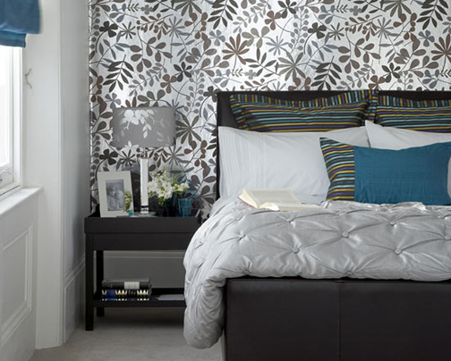 Leaf-Bedroom-Wallpaper-Design-Photo