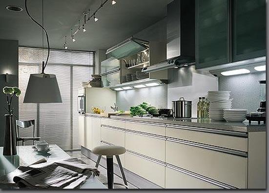 La cucina consigli per illuminare arredativo design for Accessori per cucina moderna