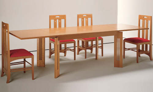 Berlino table & Ingram chair