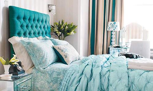 Camera da letto arredare con colori freddi arredativo - Camera da letto azzurra ...
