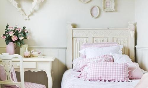 La camera da letto shabby chic arredativo design magazine - Stanza da letto romantica ...