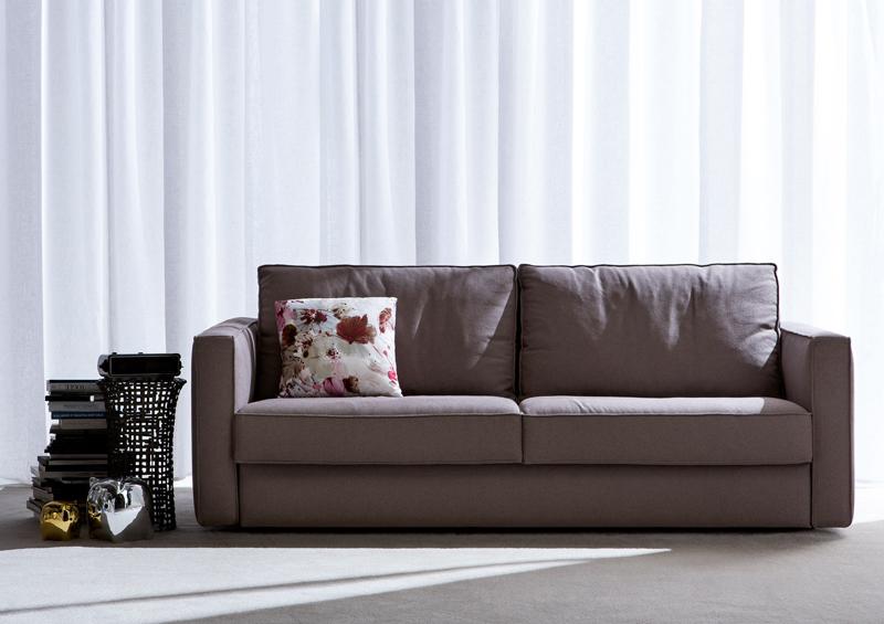 Berto salotti la nuova collezione arredativo design magazine - Piccolo divano imbottito ...