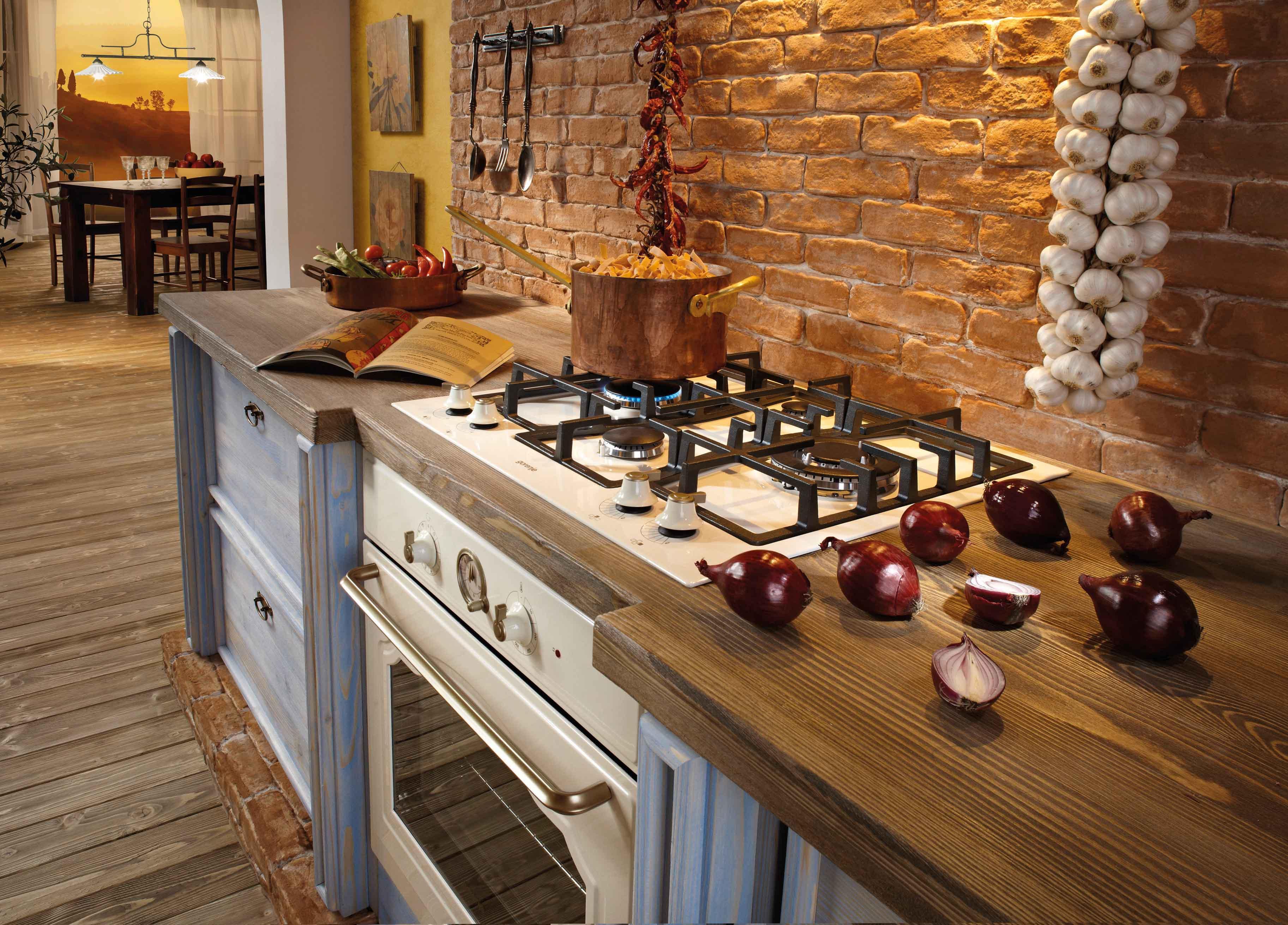 Classico di gorenje cucine freestanding piani cottura e for Piani di casa storici