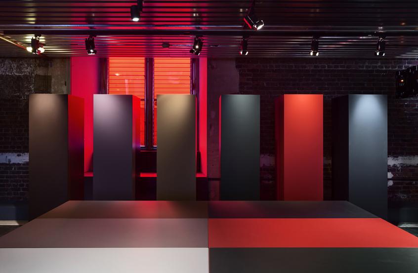 mus_e_des_arts_d_coratifs_unifor_lessless_color_jean_nouvel_design_photo_luc_boegly_lr