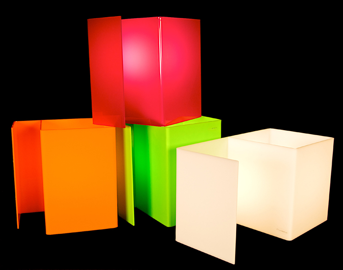 la lampada Booklight in vari colori