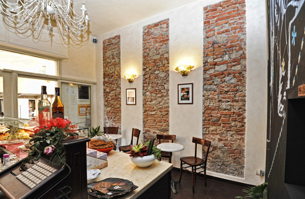 Il bel mix di stili del Caffè La Torre realizzato da Studiouno