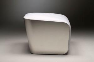Mozzarella chair linee essenziali ed eleganti.