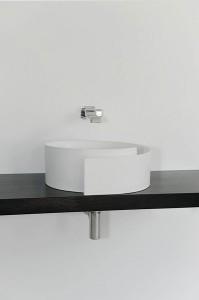 Il lavabo Roll di Ceramica Flaminia.