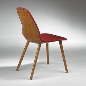 Organic Design: Sedia di Eero Saarinen e Arnio Eames (1940).