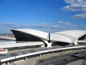 Terminal della TWA nell'Aeroporto internazionale John F. Kennedy a New York . (1962)