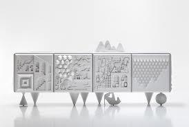 Particolari decorazioni per pannelli esterni del mobile contenitore. (bd barcellona 1972)