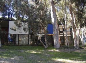 L' esterno della House#8 progetto di Charles e Ray Eames.