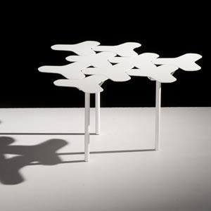 Tavolino della collezione Nanook per Moroso.