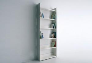 Libreria Gran Livorno a muro versione bianca. (Danese)