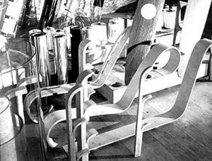 Curvatura del legno della sedia Paimio.