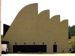 La chiesa di Riola progettata da Alvar Aalto.