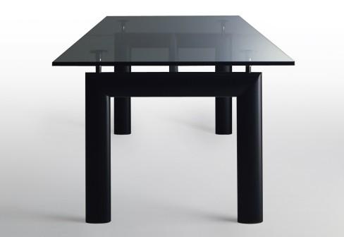 Lc6 arredativo design magazine - Tavolo cristallo le corbusier ...