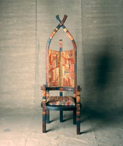 Sedia African Chair progettata da Breuer e da Gunta Stölzl nel 1921.
