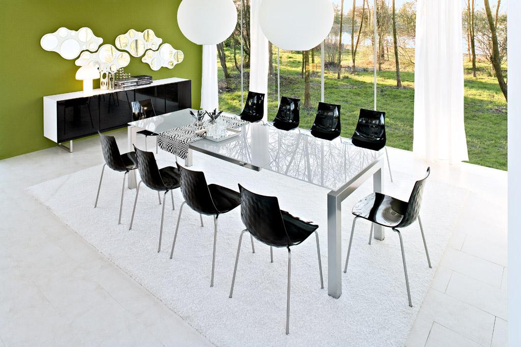 Le sedie per il soggiorno arredativo design magazine for Calligaris mobili