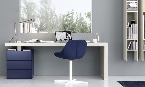 Scrivania Ufficio In Casa : Postazioni lavoro scegliere la scrivania arredativo design magazine