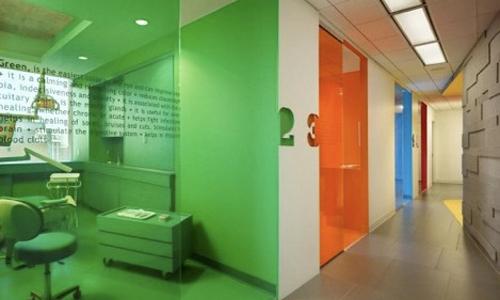 Finiture nello studio dentistico arredativo design magazine - Pitture lavabili per cucine ...
