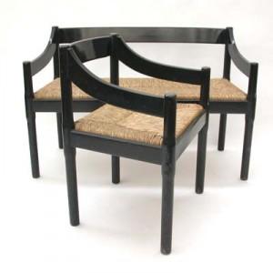 Carimate le sedie di Cassina.