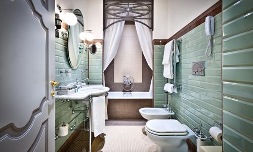 Bagni da favola all 39 hotel ch teau monfort di milano arredativo design magazine - Bagno da favola ...