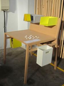 Di Sebastian Hecht la scrivania 90x110.