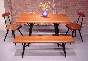 Allestimenti dalla mostra del 2001 dedicata a Tapiovaara dalla R Gallerydi New York