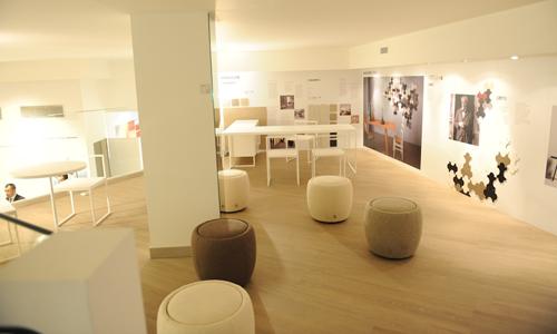 Marazzi nuovo showroom di milano arredativo design magazine for Piastrelle sottili