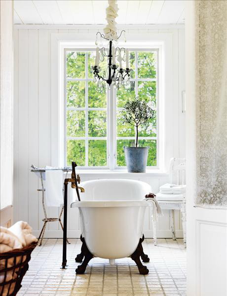 Il bagno in stile shabby chic arredativo design magazine - Rivestimento bagno shabby ...