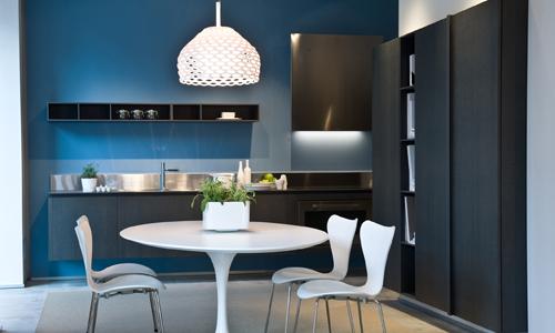 Ernestomeda nuovo showroom a bari arredativo design magazine - Cucine fascia alta ...