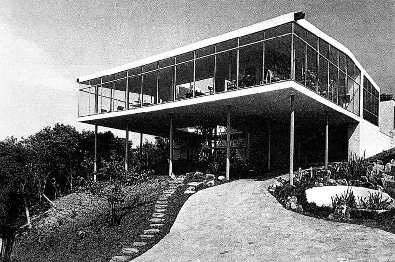 Lina bo bardi 1 parte arredativo design magazine - La casa di vetro ...