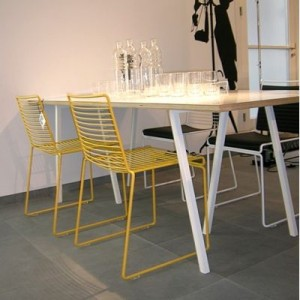 hee-chair-by-hay-is-light-stackable-and-resistant-deco-and-design-a-beautiful-choice-of-colour