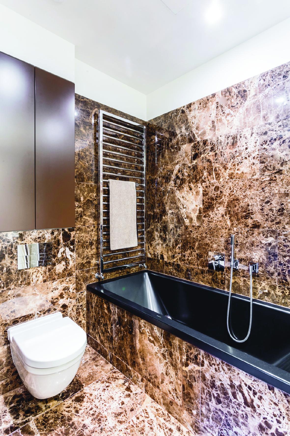 Varsavia cosmopolitan tower le vasche da bagno e i piatti doccia smaltati di kaldewei per - Vasche da bagno in acciaio smaltato ...