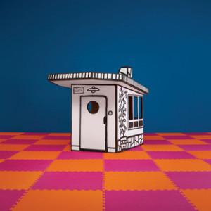 villa_julia_javier_mariscal_playhouse