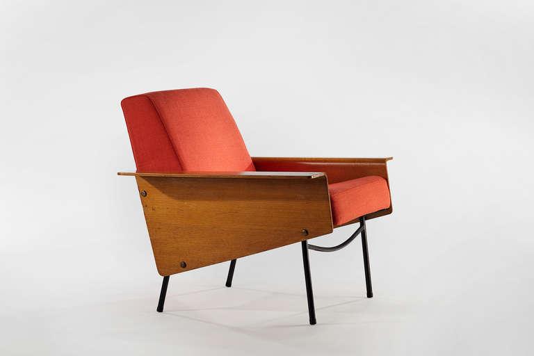 G10 armchair arredativo design magazine for Copie mobili design