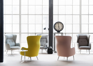 Ro-armchair-by-Jaime-Hayon-for-Fritz-Hansen