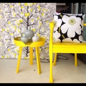 muuto-around-coffee-table-small-yellow