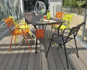 contemporary-garden-stacking-chairs-armrests-metal-6644-3583431
