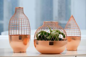 copper-cuivre-grid-vase-collection-de-jaime-hayon-pour-gaia-and-gino